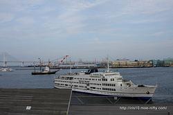 「黒船体験ツアー」中の黒船「観光丸」。